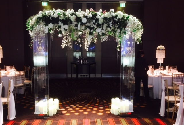Clear perspex arbour wedstyle weddings events styling planning clear perspex arbour junglespirit Image collections