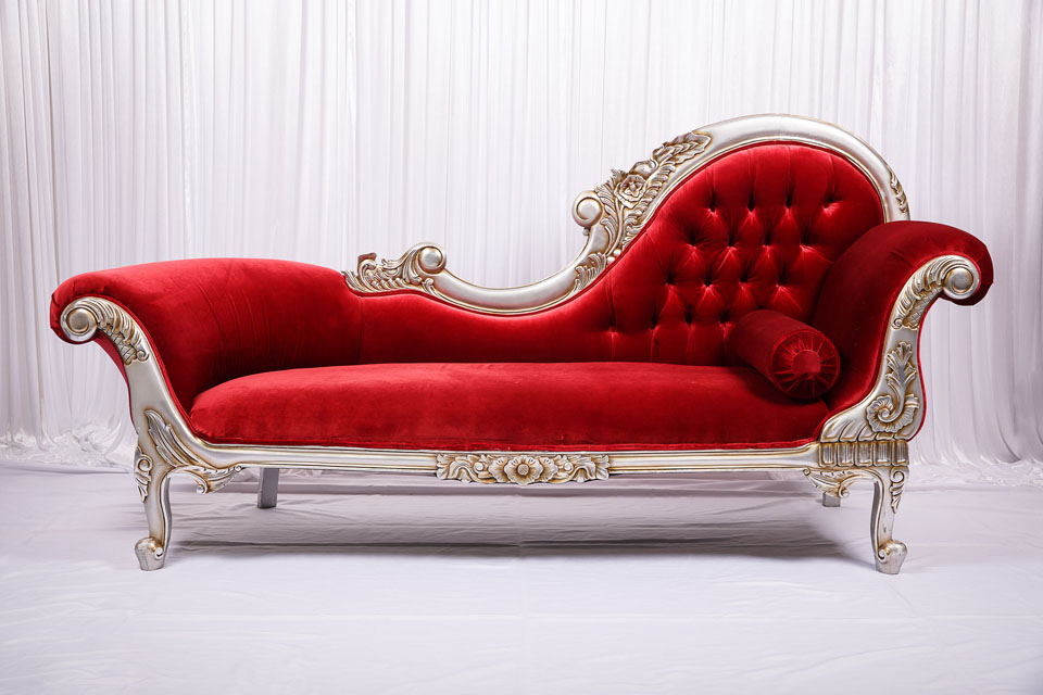 Red Velvet French Chaise Lounge Wedstyle Weddings